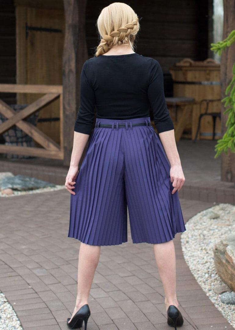 pleated-skirts-pants-anna_263ab4b591c63a6b6f377f5217111920