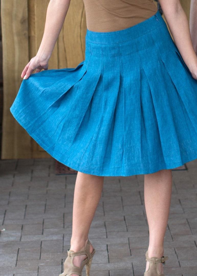 soft-pleated-skirts_bdf9f7a98aab6211235243b2f6cf256f